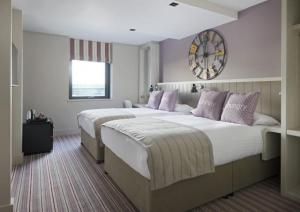 hen party group hotel accommodation in Edinburgh with spa and gym facilities